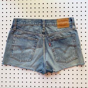 Levi's Shorts - Levi's Wedgie Fit Selvedge Denim Shorts EUC Sz 26